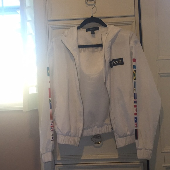 Forever 21 Jackets & Blazers - White windbreaker from forever 21
